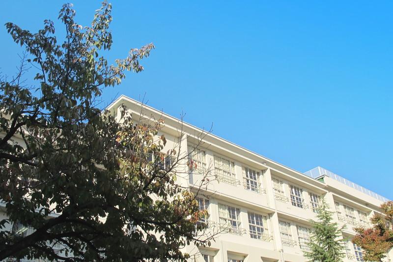 21年度から過大規模校の隣接小学校へ入学可能に