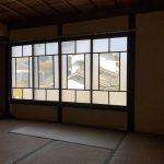 2階ガラス窓(寝室)
